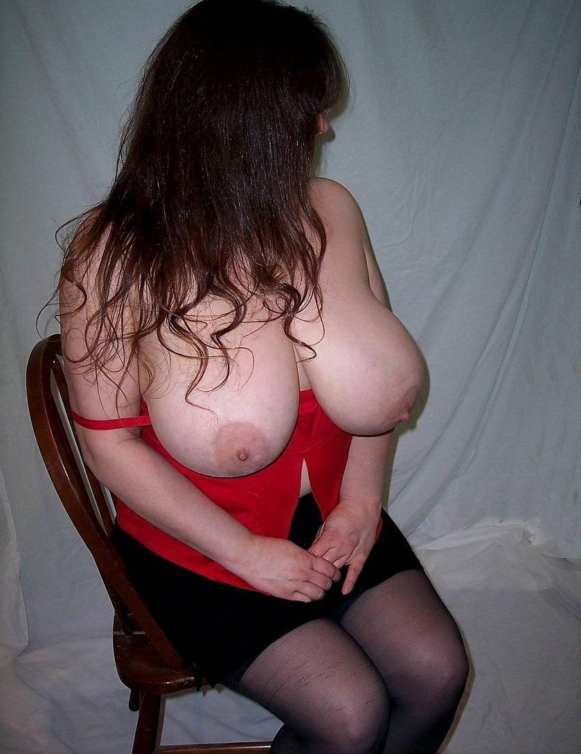 Gros seins cherchent homme pour sexe