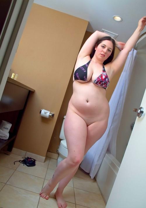 nana sexy avec des formes